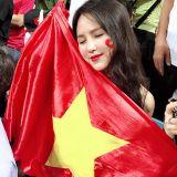 Việt Nam Vô Địch  - Đứng Lên Nhảy Đê Lavie Remix 2018