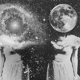 Había un cosmos que se hacía grandote y se hacía chiquito
