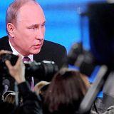 Zwischen Journalismus und Informationskrieg