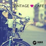 COCKTAIL HOUR : Vintage Cafe