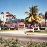 Christine cancun 70's y 80's 1991 posibles djs : Paco Arias, Oscar Sanchez DJ Tony Tapia Cassette