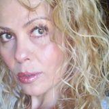 ALONDRA DALI ARTISTA VISUAL EN DIVINA RADIO LA VOZ DEL ANGEL CONDUCE GUADALUPE DIVINA