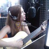 Flor Martín cantando canciones de Boca en SoyBocaRadio
