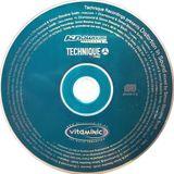 Simon Bassline Smith – Technique Recordings presents Distortion In Sound (Knowledge Magazine, 2000)