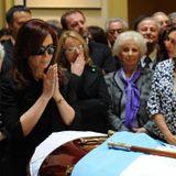 │Archivo │Entrevista a Martín Caparros sobre la muerte de Nestor Kirchner (2010)