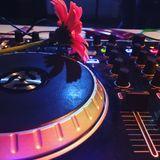 Selector Emka - Lounge Music in Mazel Tov