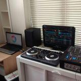 DJ Whitee Mixtrack first go