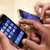 84% dos usuários de celular reclamam de dores nas mãos.