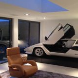 Welcome to my House 002 / Luxury Lounge Garage