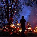 La storia di Halloween e i 10 posti più belli al mondo dove trascorrere questa festa.