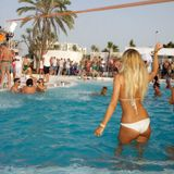 Poolside Mix 2015- By Ben Hinchliffe