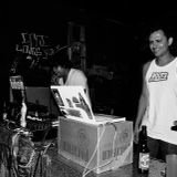 Dos Mundos Radio 02.13.13 mixed by DJ Linterna (30 min set)
