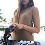 Cheval Blanc Randheli Evening time mix #2 at White Bar @luxury_resort_djs