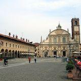 Piazza Ducale (ItalianCaffèLounge)