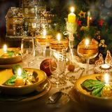 Seniors' Seasonal Soundtrack for Dining