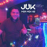 Mia Mix 02