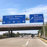 Loose Connections: Cars v Bikes. From Fun, Fun, Fun to Fahn, Fahn, Fahn (on the Autobahn).