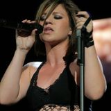Kelly Clarkson VH1's Unplugged 2011