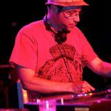 DJ F - Da F Boogie    (late 70's mellow soul + boogie funk)
