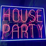 IN THE CLUB FOR A SATURDAY NIGHT/DANCE/TRANCE/HOUSE/RNB/SPINNING ON THE DECKS/