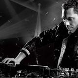 Tiësto's Club Life 90's Mix - Hour 2