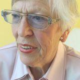 Hörschwelle - Frau Bokelmann liebt das Meer