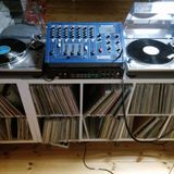 Vinyl flippin´ Tuesday - a blend of House music