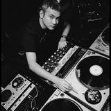 Satoshi Tomiie - Global Dj Broadcast (30-12-2002)