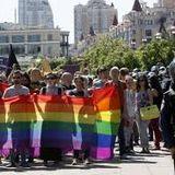 """""""ПО СУТІ"""": - ЛГБТ vs Традиційні сімейні цінності."""