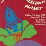 Sasha @ Universe : The adventures of the pleasure planet 19/06/92