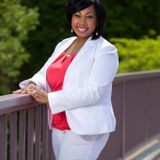 S2 EP22: EPIC Woman: Building a Legacy of Powerful Engagement with LaShunda Leslie Smith
