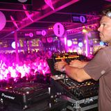 Essential Mix - Tong Oakenfold Fontaine @ Creamfields