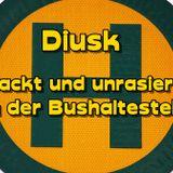 Diusk -Nackt und unrasiert an der Bushaltestelle-