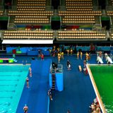Science with Chris Smith: why is the Olympic diving pool green?