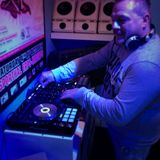 Dj Harry in the mix @ Begin to dj
