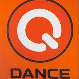 Dance mix DJ set