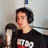 Hussein er 17 år og bor i Høje Gladsaxe han er rapper og skriver sin egen tekster
