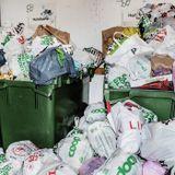 Svenskar slänger allt mer i soporna