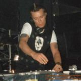 LIAM HOWLETT (PRODIGY) live on 102fm, manchester uk 1991