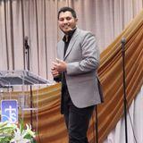 Un pueblo agradecido - Pastor Julián Reyes