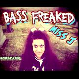 BASS FREAKED mISS J (MOREBASS.COM) Radio