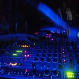 Leicht und fluffig!  Techno 132 bpm   by: Woshi official