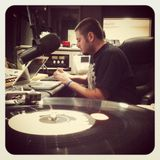Soundwaves Radio - October 4, 2013 - Seano steals the airwaves