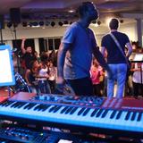 Pascal Roger UAPM 201411 Free Worship time Ouvre les ecluses des cieux