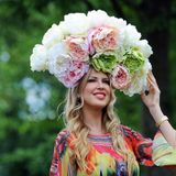 Do I have to wear a hat to Ascot? Debrett's Guide to British Behaviour GORGEOUS GOSSIP