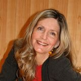 LORI SPAGNA with Guest PAM GROUT - NY TIME BEST SELLER AUTHOR 01-08-2018