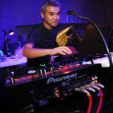 SATOSHI TOMIIE live at club slava, moscow russia 23.05.2003