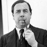 John Boynton (J.B.) Priestley - Mahalaua Salcamului Galben (1958)