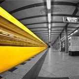 Gestört aber Geil - Real all about it vs. Kalbrenner - S. Bahn - Train Mix be Hacke