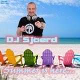 DJ Sjoerd - Summer is here... (Q2-2013)
